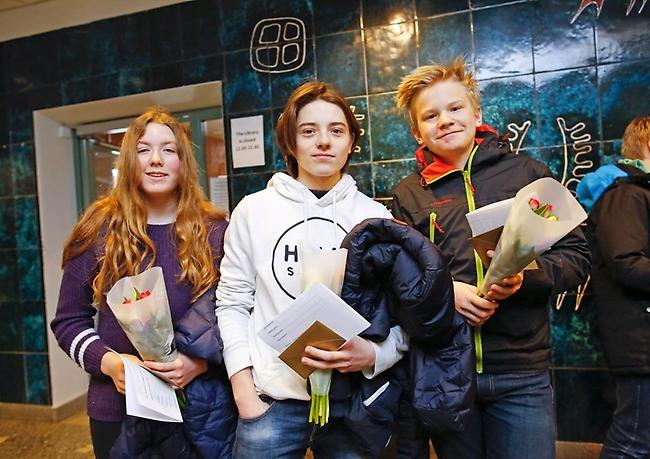 Yrsa Hillegaart, Dominic-Rene Canic och Joel Wiklund. Foto: Anders Forngren.